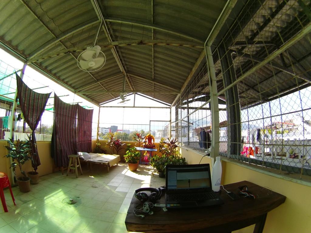 Rooftop Hostel Baan Khun 2